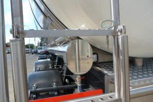 Tankbouw Tankaanhangwagen RVS slangenkoker