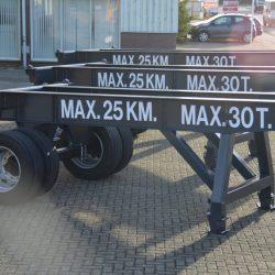Skeleton trailers